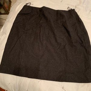 Banana Republic Skirts - Banana Republic pleated skirt